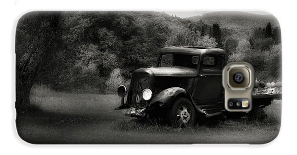 Galaxy S6 Case featuring the photograph Relic Truck by Bill Wakeley