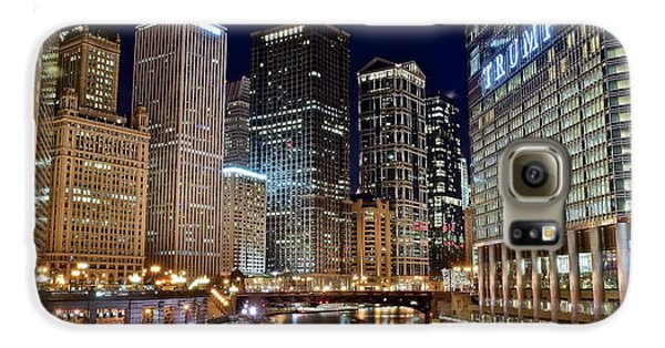 Wrigley Field Galaxy S6 Case - River View Of The Windy City by Frozen in Time Fine Art Photography