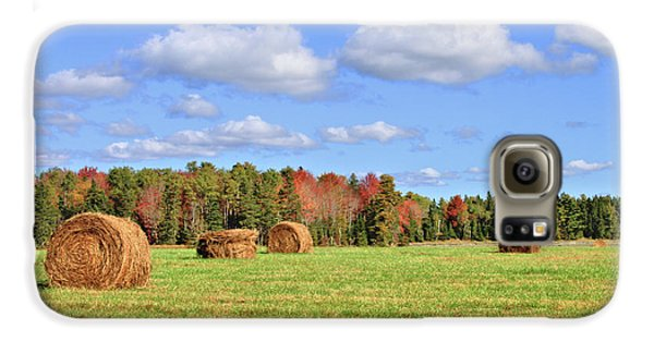Rolls Of Hay On A Beautiful Day Galaxy S6 Case