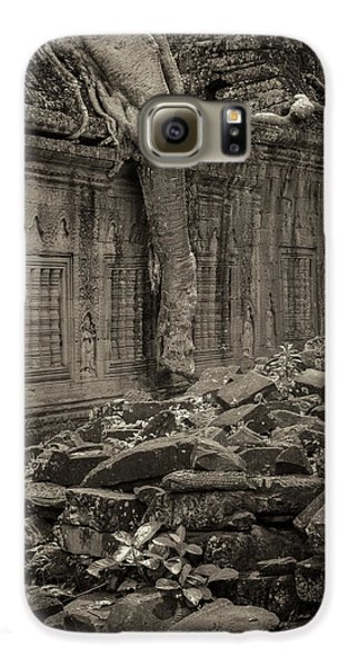 Galaxy S6 Case featuring the photograph Roots In Ruins 6, Ta Prohm, 2014 by Hitendra SINKAR