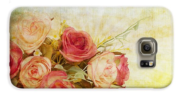 Rose Galaxy S6 Case - Roses Pattern Retro Design by Setsiri Silapasuwanchai