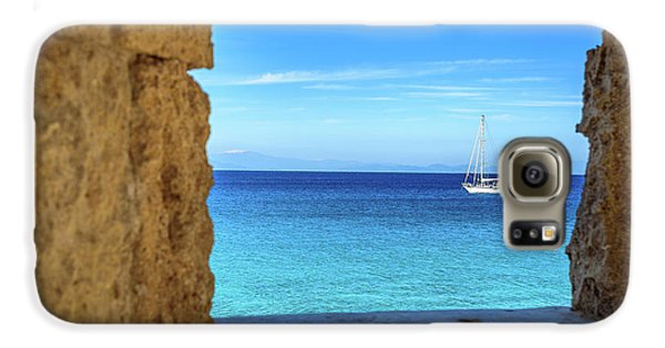 Sailboat Through The Old Stone Walls Of Rhodes, Greece Galaxy S6 Case