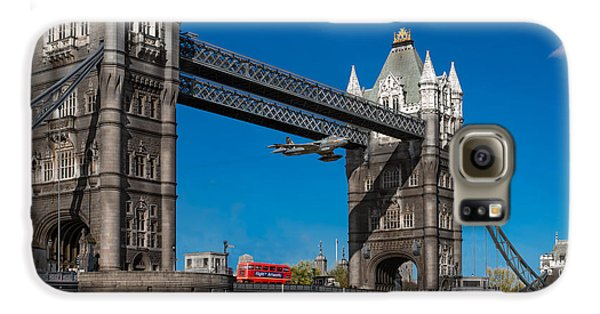 Galaxy S6 Case featuring the photograph Seven Seconds - The Tower Bridge Hawker Hunter Incident  by Gary Eason