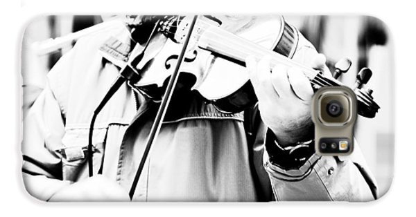 Violin Galaxy S6 Case - Sounds Of A Stranger by Gabriela Insuratelu