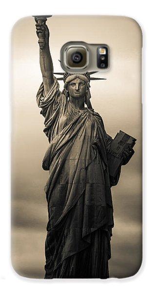 Statute Of Liberty Galaxy S6 Case by Tony Castillo