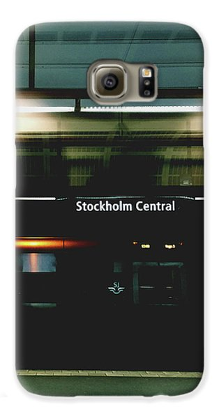 Train Galaxy S6 Case - Stockholm Central- Photograph By Linda Woods by Linda Woods