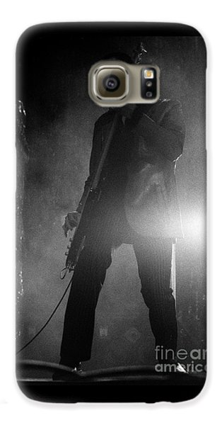 Stone Temple Pilots Galaxy S6 Case - Stp-2000-robert-0915 by Timothy Bischoff