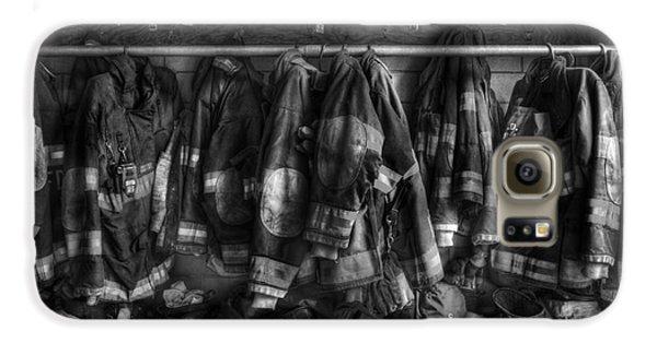 The Gear Of Heroes - Firemen - Fire Station Galaxy S6 Case