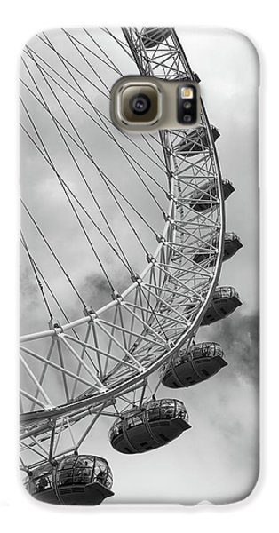 Galaxy S6 Case featuring the photograph The London Eye, London, England by Richard Goodrich