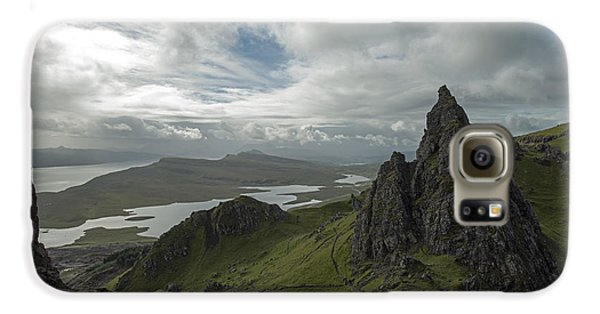 The Old Man Of Storr Galaxy S6 Case by Dubi Roman