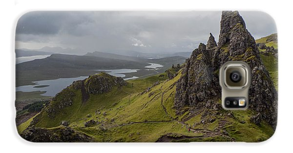The Old Man Of Storr, Isle Of Skye, Uk Galaxy S6 Case by Dubi Roman