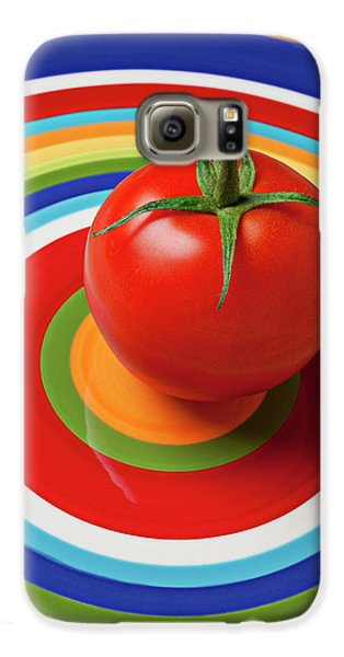 Tomato On Plate With Circles Galaxy S6 Case by Garry Gay