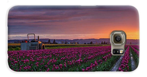 Tractor Waits For Morning Galaxy S6 Case