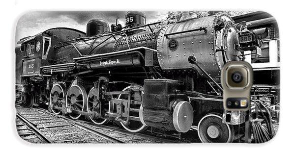Train Galaxy S6 Case - Train - Steam Engine Locomotive 385 In Black And White by Paul Ward