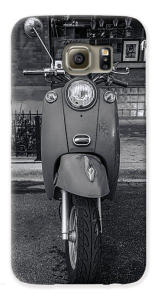 Galaxy S6 Case featuring the photograph Vespa by Sebastian Musial