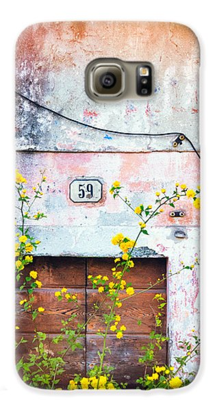 Yellow Flowers And Decayed Wall Galaxy S6 Case