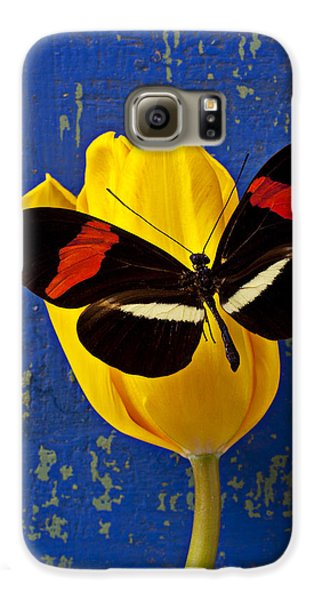 Yellow Tulip With Orange And Black Butterfly Galaxy S6 Case by Garry Gay