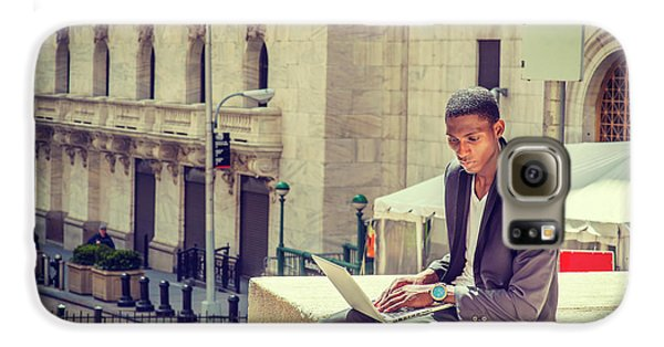 Young African American Man Working On Wall Street In New York Galaxy S6 Case