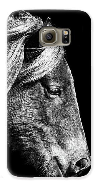 Galaxy S6 Case featuring the photograph Assateague Pony Sarah's Sweet Tea B And W by Bill Swartwout Fine Art Photography