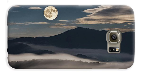 Dance Of Clouds And Moon Galaxy S6 Case