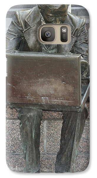Galaxy Case featuring the photograph  Wall Street Memorial Statue by John Telfer