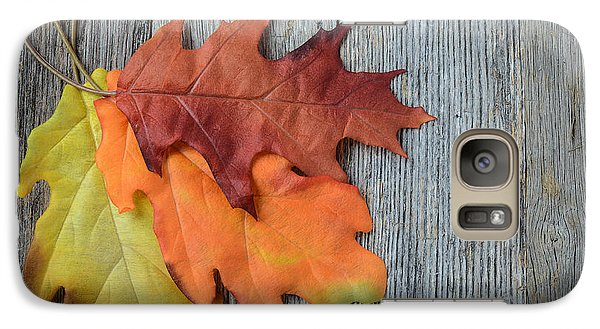 Autumn Leaves On Rustic Wooden Background Galaxy S7 Case