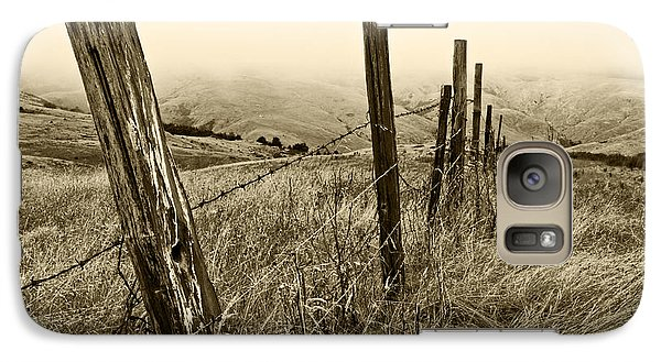 Galaxy Case featuring the photograph Bay Hill Road by Roselynne Broussard