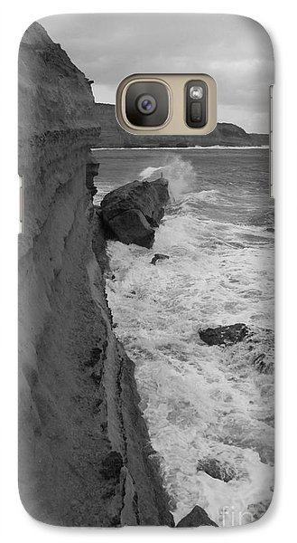 Galaxy Case featuring the photograph Breaking by Amanda Holmes Tzafrir