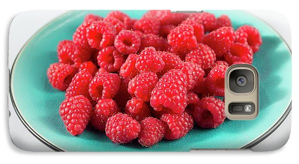 Fresh Raspberries Galaxy S7 Case by Aberration Films Ltd