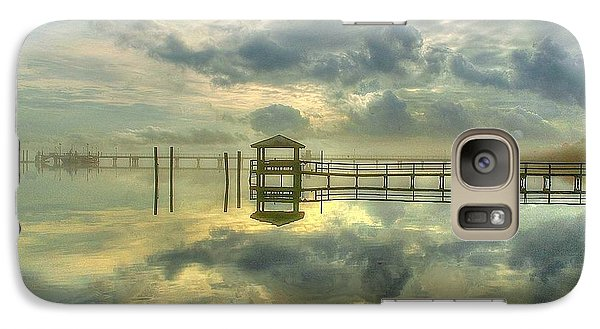 Galaxy Case featuring the photograph Levitating Dock by Ed Roberts