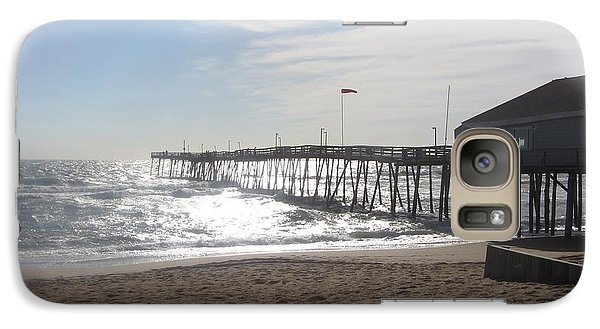 Galaxy Case featuring the photograph Nags Head Pier 2 by Cathy Lindsey