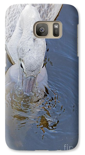 Galaxy Case featuring the photograph Pelican Fishing by Lula Adams