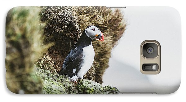 Puffin Galaxy S7 Case - Puffins On The Islet Of Mykines, Faroe by Sergio Villalba