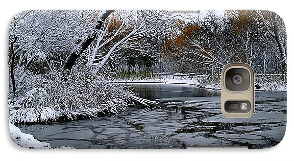 Galaxy Case featuring the photograph Winter Wonderland by Larry Trupp