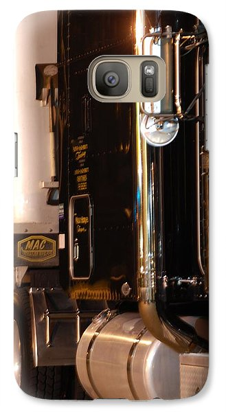 Galaxy Case featuring the photograph 18 Wheeler 02 by Ramona Whiteaker