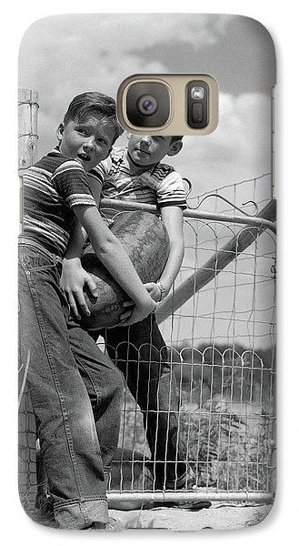 1950s Two Farm Boys In Striped T-shirts Galaxy S7 Case