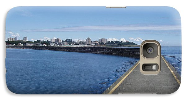 Galaxy Case featuring the photograph Along The Breakwater by Marilyn Wilson