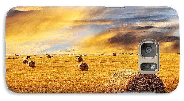 Golden Sunset Over Farm Field With Hay Bales Galaxy S7 Case