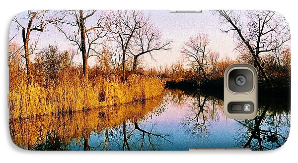 Galaxy Case featuring the photograph November by Daniel Thompson