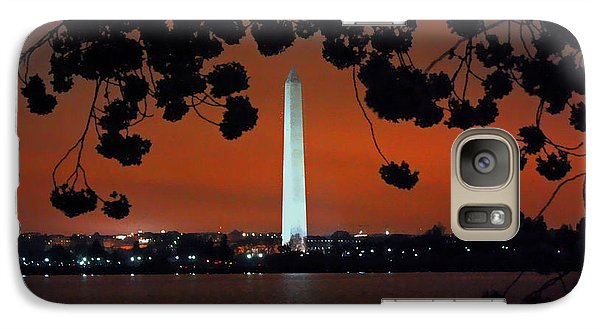 Galaxy Case featuring the photograph Washington Monument by Suzanne Stout