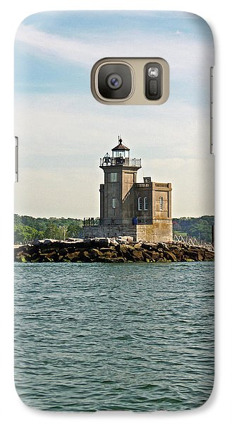 Galaxy Case featuring the photograph Huntington Lighthouse by Karen Silvestri