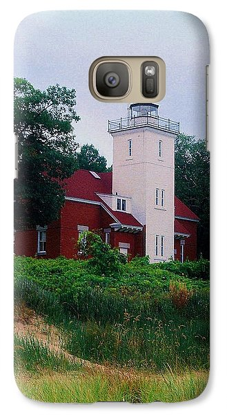 Galaxy Case featuring the photograph 40 Mile Light by Daniel Thompson