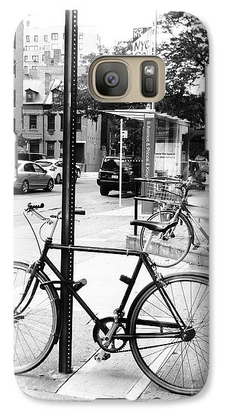 Galaxy Case featuring the photograph A Bike In Nyc by Robin Coaker