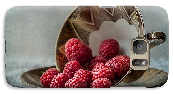 Raspberry Galaxy S7 Case - A Cupfull Of Raspberries by Maggie Terlecki