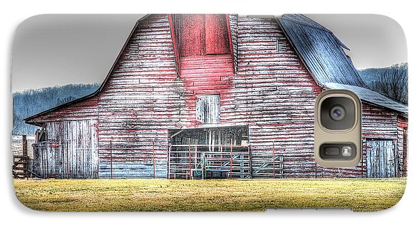 Galaxy Case featuring the photograph A Fine Barn by Linda Segerson