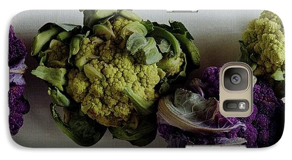A Group Of Cauliflower Heads Galaxy Case by Romulo Yanes