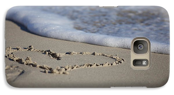 Galaxy Case featuring the photograph A Heart Of Sand by Serene Maisey