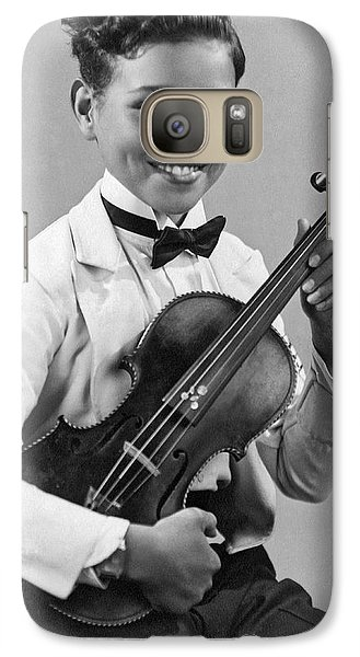 A Proud And Elegant Violinist Galaxy S7 Case by Underwood Archives
