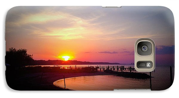 Galaxy Case featuring the photograph A Yorktown Sunset by Linda Mesibov