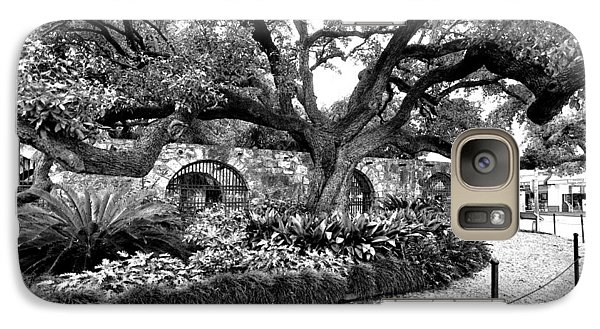 Galaxy Case featuring the photograph Alamo Grounds by Ricardo J Ruiz de Porras
